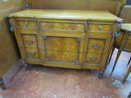 French Style 5 Pc. Bedroom Set dresser