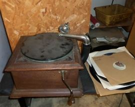 antique gramophone & gramophone records
