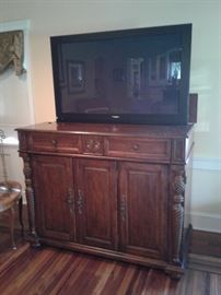 Amazing quality TV cabinet