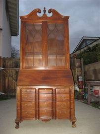 Kittinger, Chippendale Secreary, 100% Mahogany, Broad front view.  Real working locks