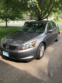 2009 Honda Accord LX with 87,000 miles $7,000 for immediate sale. Call for appointment