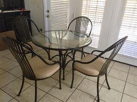Dark Metal Round Kitchen Table w 4 Chairs