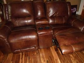 Brown leather matching love seat recliner no rips or tears
