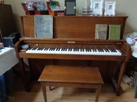 Baldwin piano & bench