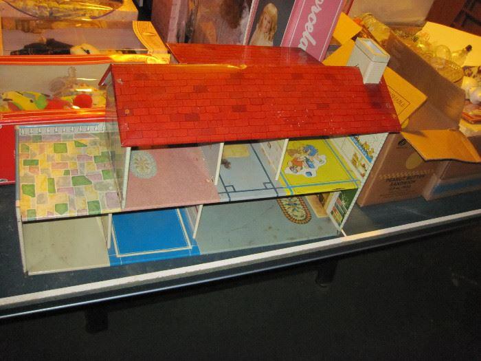 Louis Marx Metal Doll House
