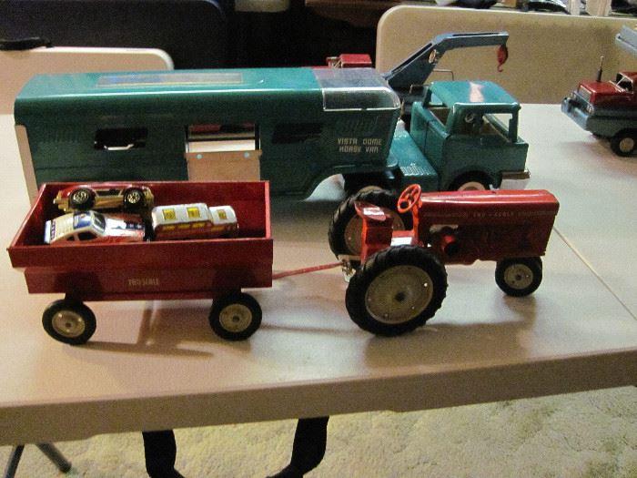 Tru-Scale Tractor & Trailer