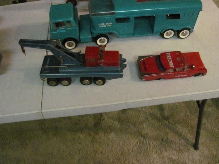 SSS International Tow Truck & Yonezawa Fire Chief Car