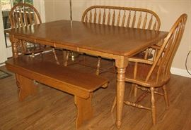Amish made oak table/chairs