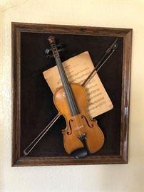 Lion's Head Violin