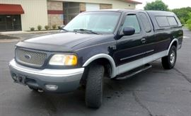 2000 Ford F-150 Lariat 4x4 Pickup, 158,293 Miles, 4WD, Extended Cab, 8' Bed, Keyless Entry, VIN # 1FTRX18L1YNB17947