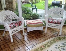 WHITE WICKER LOUNGE CHAIRS AND FOOT STOOL
