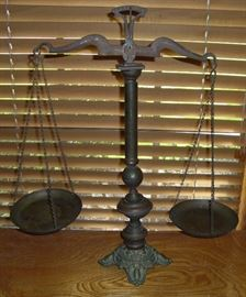 ANTIQUE SCALES OF JUSTICE