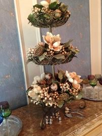 3-tier floral arrangement