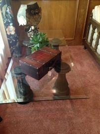 Four leg support/ glass top coffee table