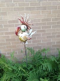 Yard art bird