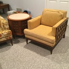 $45  Gold/wood chair     $20  Round table