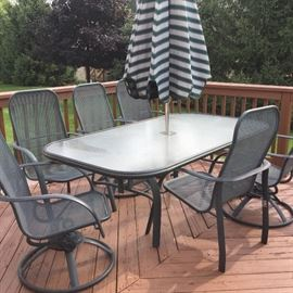 $225  Patio set with chairs and umbrella