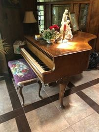 Knabe Baby Grand Piano, 1920's or 30's, Queen Anne style.  (Photo by BC)