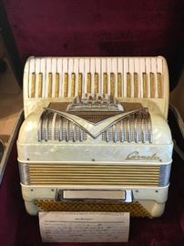 Accordion Carmelo Model 500