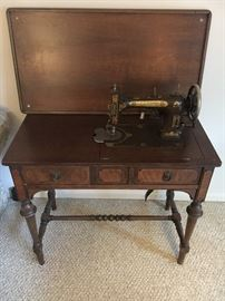 Domestic Rotary Sewing Machine circa 1927