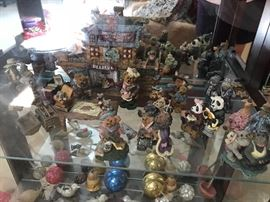 Huge Boyd Bear Collection