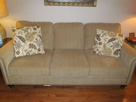 New Broyhill sofa