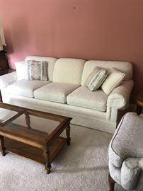 Thamasville sofa