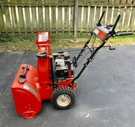 001 Let It Snow Blower Ariens 5524 5.5 Hp        https://ctbids.com/#!/description/share/37745