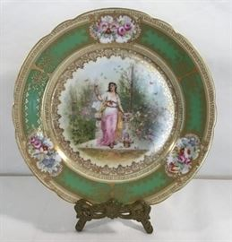 Porcelain Cabinet Plate     http://www.ctonlineauctions.com/detail.asp?id=747810