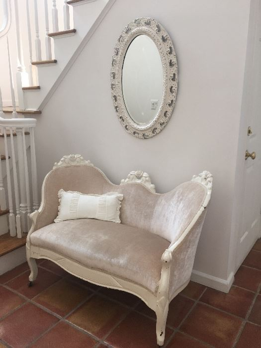 Lovely pale pink velvet settee