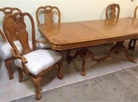 9 Piece Claw Foot Dining Room Table Set