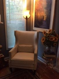 #5     Z Gallery White Leather Chair.         $500.    Ea.