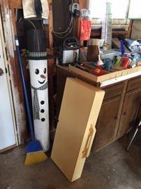 Wooden Snowman & Vintage Folding Kids Picnic Table