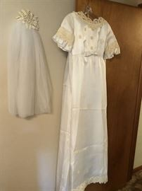 Adorable vintage wedding dress with empire train and veil