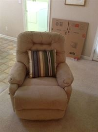 Nice neutral colored recliner
