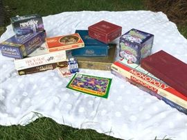 Board Games     http://www.ctonlineauctions.com/detail.asp?id=747465