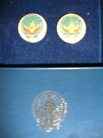 """SMALLS"" Area:  Vintage collectible cuff links represent the 1997 Clinton/Gore Inauguration.  The top shows the cuff links; the bottom is the emblem on the original box."