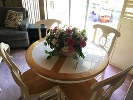 Nice tile top kitchen table with 4 chairs