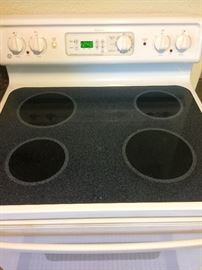 GE glass top stove Reduced to $95!!!