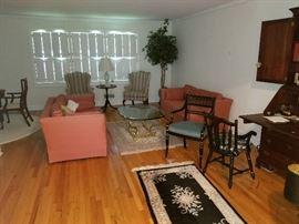 nice living room furniture.