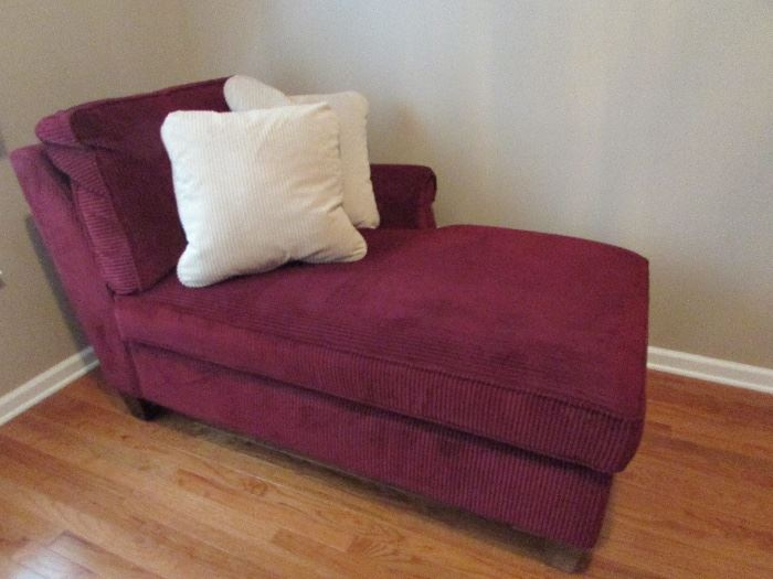 Lazboy Chaise, also have a matching sofa....they are beautiful, a must have! Sofa picture will be shown tomorrow.