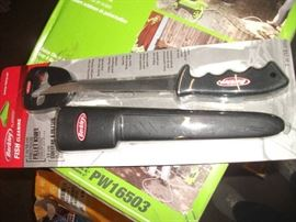 Berkley 7-Inch Soft Grip Knife, Black2