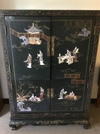 Chinese Armoire https://ctbids.com/#!/description/share/38004