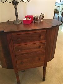 Martha Washington nightstand