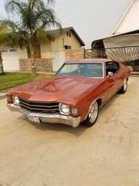 1972 Chevrolet Malibu Chevelle  454 big block bored out to a 496, gen 4 motor.
