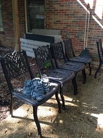 Set of 6 cast aluminum patio chairs