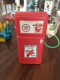 Texaco gas station vintage toy