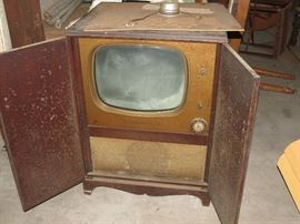 OLD TV.