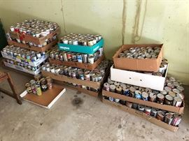 Large collection of vintage beer cans!  (mostly 1970's, some 1960's)