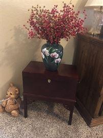 2 box cherry wood tables